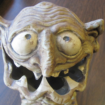 DOLLGOBBLER - Art Pottery