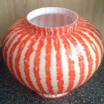 Welz striped rose bowl - Art Glass