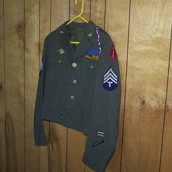 WW II First Special Service Force (Ike Jacket)