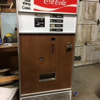 Old Coca Cola machine how much is it worth