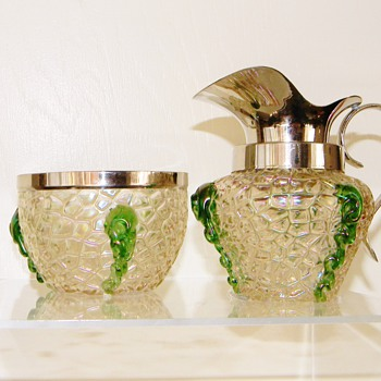 Nouveau Kralik Iridescent Martele Green Rigaree Sugar & Creamer Set - Art Glass