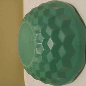 Unidentified milk glass bowl scalloped edge green three dimensional square bowl