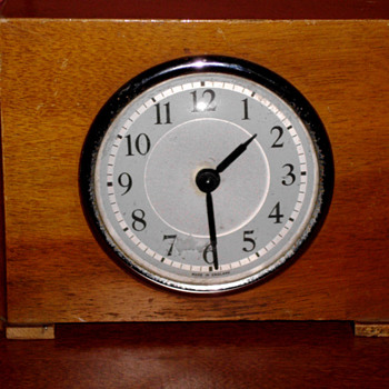 Wooden Art Deco Table Clock  - Art Deco