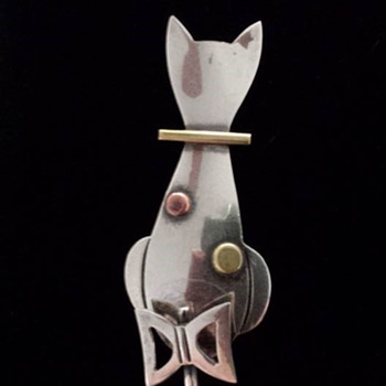 Taxco Sterling Silver Cat Brooch
