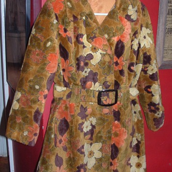 60's Groovy tapestry coat - Womens Clothing