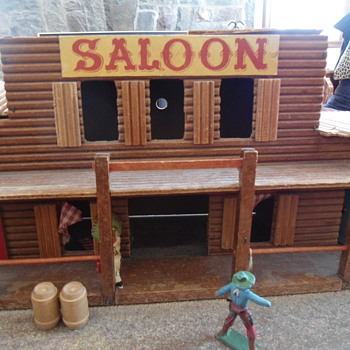 "Shoot out at the not so ""OK ""  Saloon - Toys"