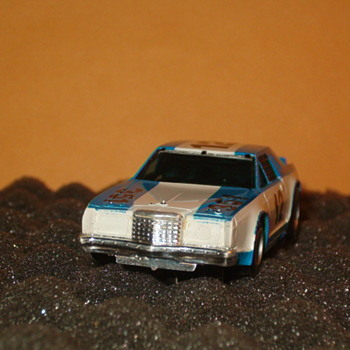 AFX FORD THUNDERBIRD STOCKER H.O. SCALE