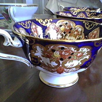 Royal Albert Fine China Cups &#039;Derby&#039;