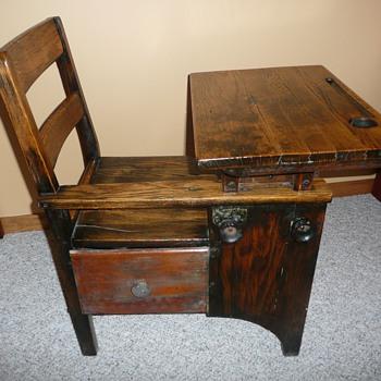 1900s student desk