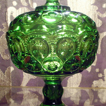 Green L. E. Smith Moon & Stars Candy Dish with Pedestal Base and Lid