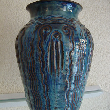 sphinx vase 20s - Art Pottery