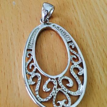 Silver/Gold pendant  - Costume Jewelry