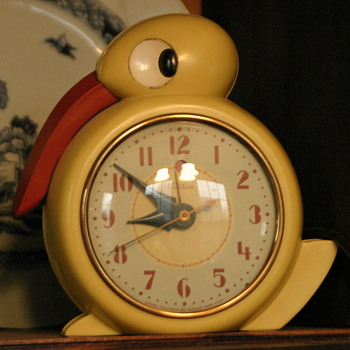 """Quacker"" yellow duck electric clock from the 30's"