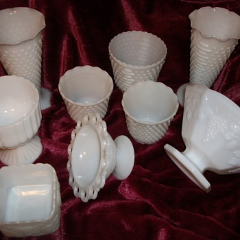 Milk Glass Items help for identification needed !