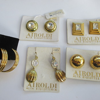 Airoldi earrings - Kingsday finds