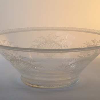 Edward Hald bowl - Art Glass