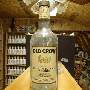 Vintage Old Crow 1/2 Gallon Bottle........ - Bottles