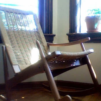 Wegner-Style Rocker (arm missing)