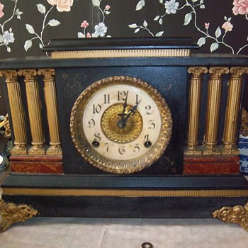 Antique dual key Mantle Chiming Clock - Clocks