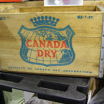 CANADA DRY WOOD CREATE--OLD?