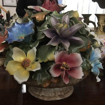 Huge Capodimonte flower arrangement