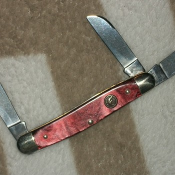 hen and rooster 3 blade model 313r stockman pocket knife.