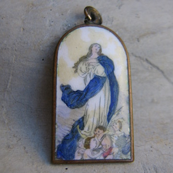 Virgin Mary enamel charm/pendant - Fine Jewelry