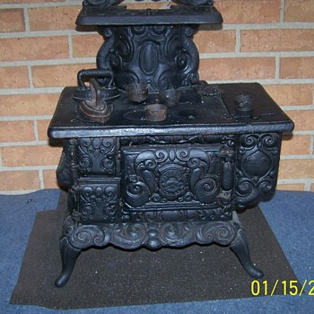 Salesman Sample Cast Iron Stove