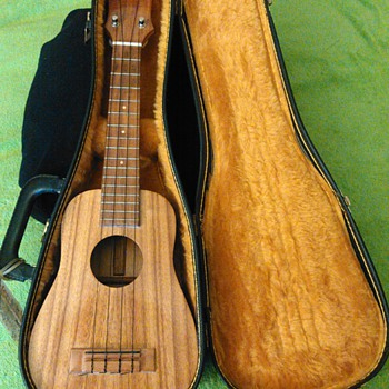 Rare Antique Ukulele made of Koa by Abe Mahelona  - Musical Instruments