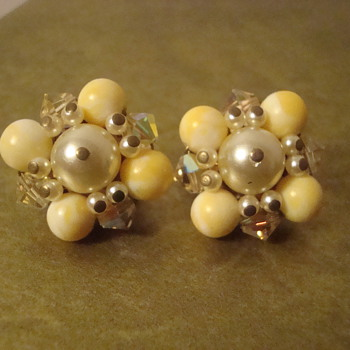 Yellow clip-ons - Costume Jewelry