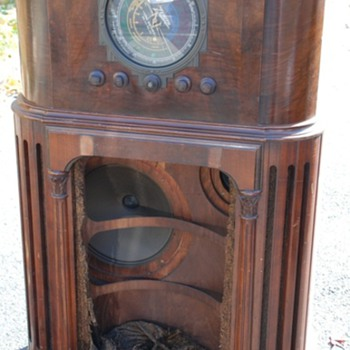 My newest acquired Radio 1935 Zenith 16-A-61 Stratosphere, Super RARE!