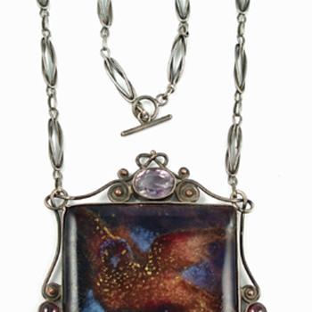 Arts & Crafts enamel necklace with bird