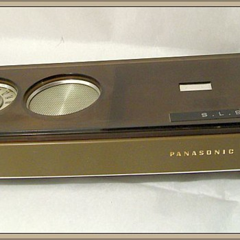 1970's -- PANASONIC AM TRANSISTOR Radio