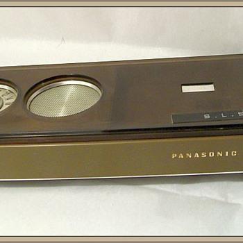 1970's -- PANASONIC AM TRANSISTOR Radio - Radios