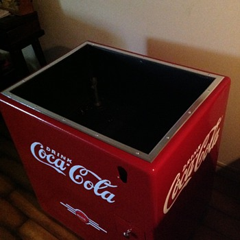 Kelvinator Ice Chest - Coca-Cola