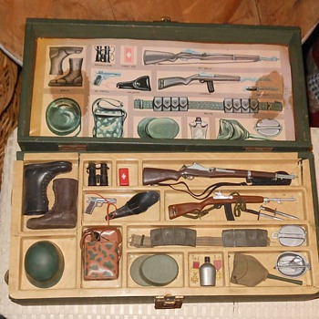 Vintage 1960s GI Joe Footlocker