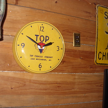 tops tobacco clock