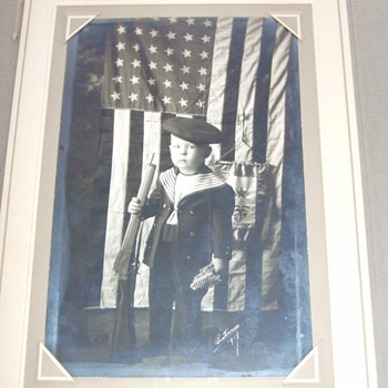 Patriotic young boy, WW1 era