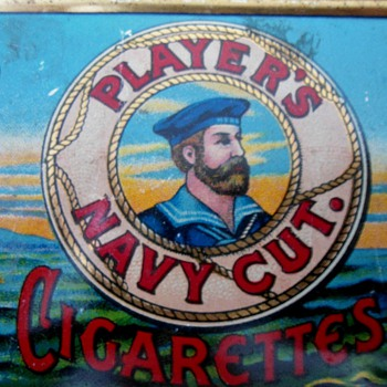 1928 Players cigarette tin