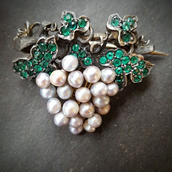 Victorian vine grape brooch.