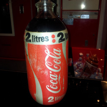 Aussie 2lt foam wrapped bottle 80's - Coca-Cola