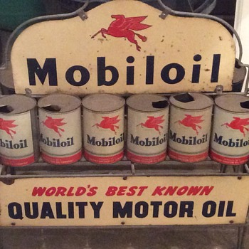 Mobil oil can rack - Petroliana