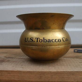 Tobacco Bowl - Tobacciana