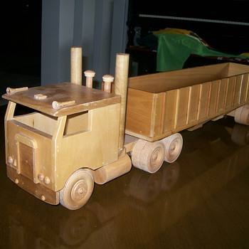 Wooden Kenworth - Model Cars