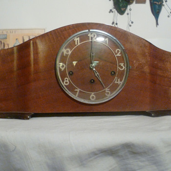 Antique 30's-50's French ODO mantle clock.