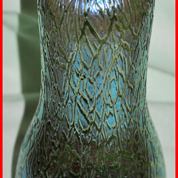 LOETZ  CRETA  MIMOSA VASE - Art Glass