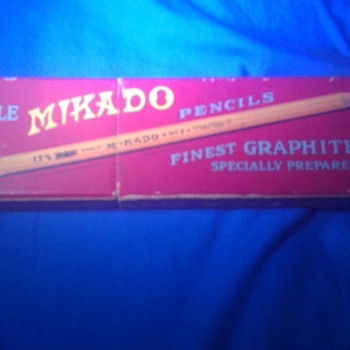 A Eagle Mikado Pencil Case from 1912