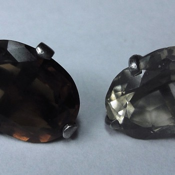 Two Silver mounted Buttons ??? - Fine Jewelry