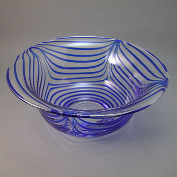 Pulled Drape Bowl marked M - Art Glass