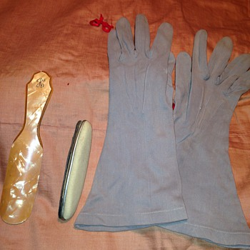 Vintage Gloves, shoe horn and nail shiner